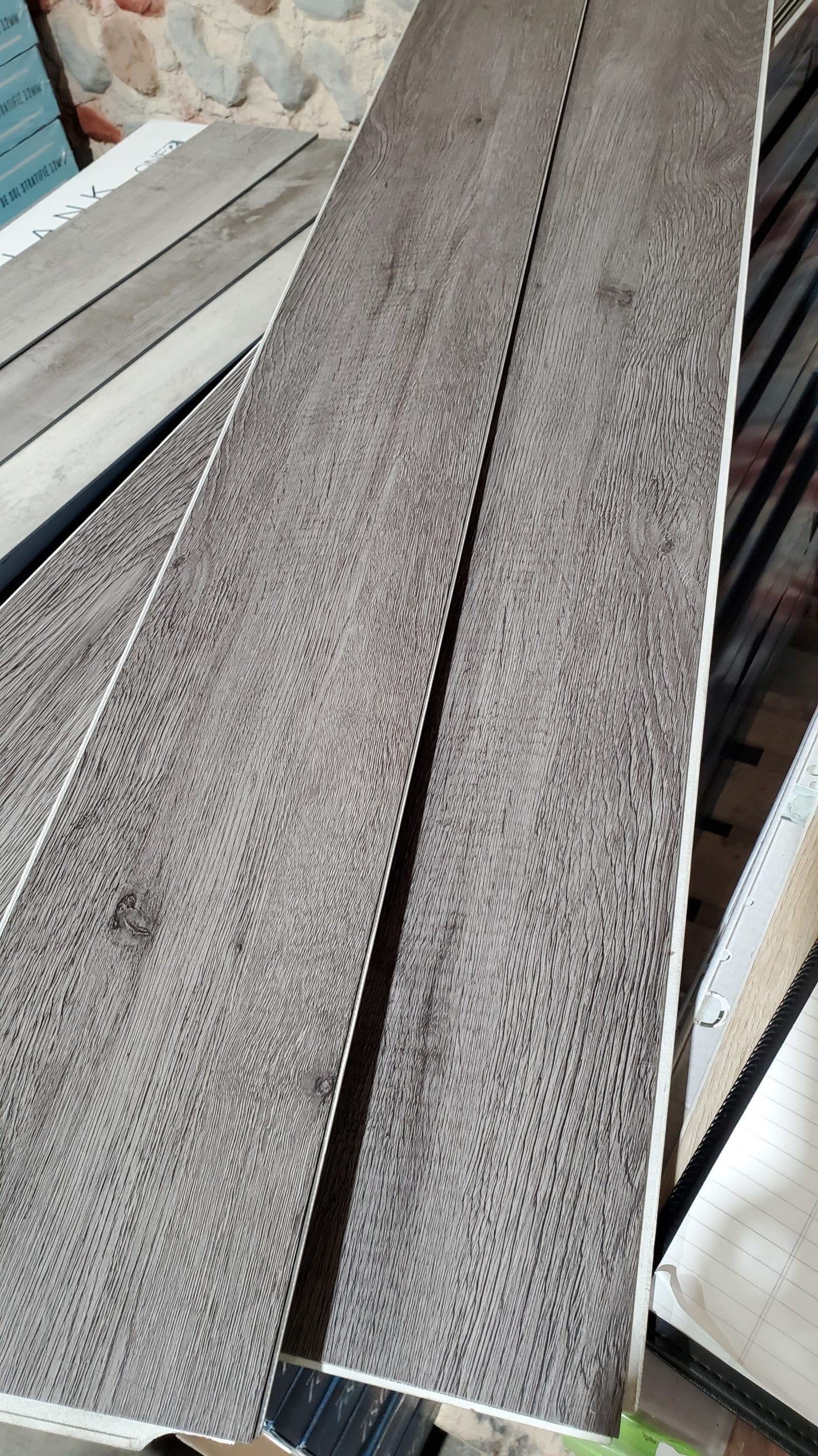 5.5mm WPC Evolution Vinyl_Charcoal_1.29_must buy all 413.1sf