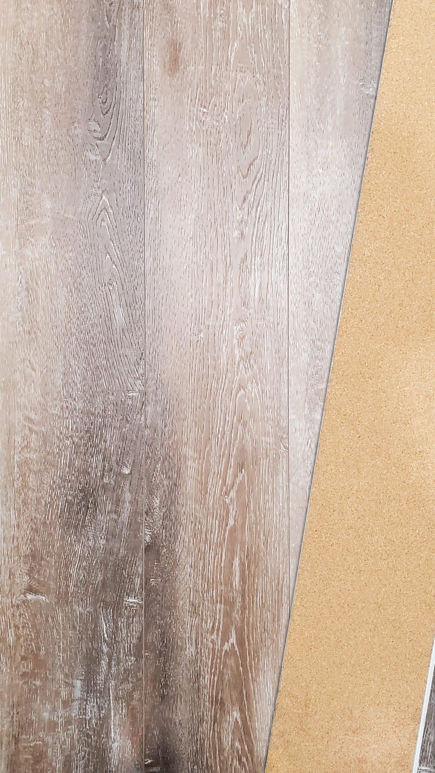 8mm SPC Embossed Vinyl w20mil wear_Painted Bevel_Cork Back_Auburn Shell_16.36sfct_6.58_3.69