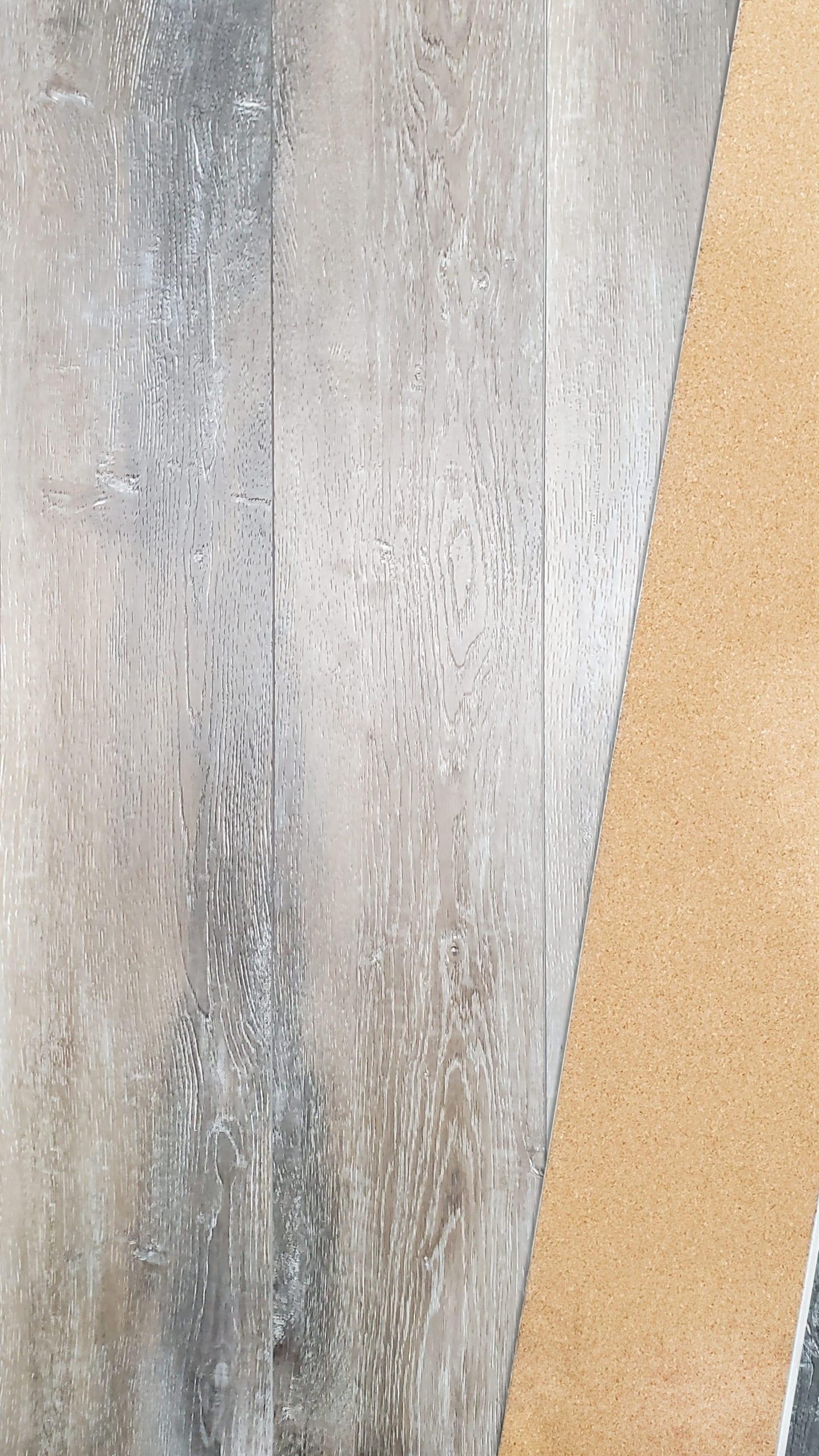 8mm SPC Embossed Vinyl w20mil wear_Painted Bevel_Cork Back_Taylor Ash_16.36sfct_6.58_3.69
