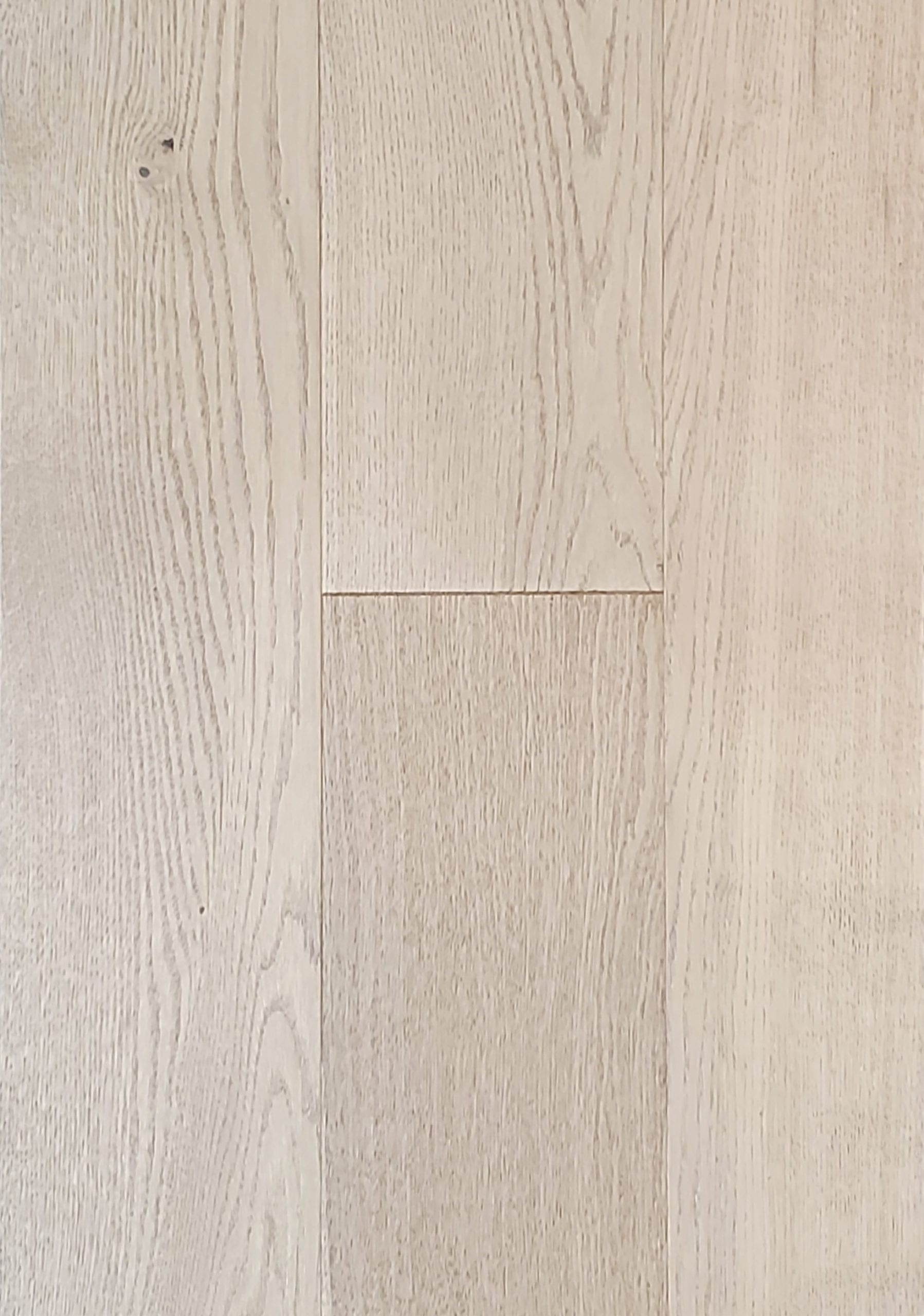 6.5inx.75inxRL European Oak Hardwood_Wirebrushed_Solitude_23.11sfct_4.99